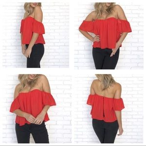 🇺🇸BNWT Honey Punch Red Crop top blouse